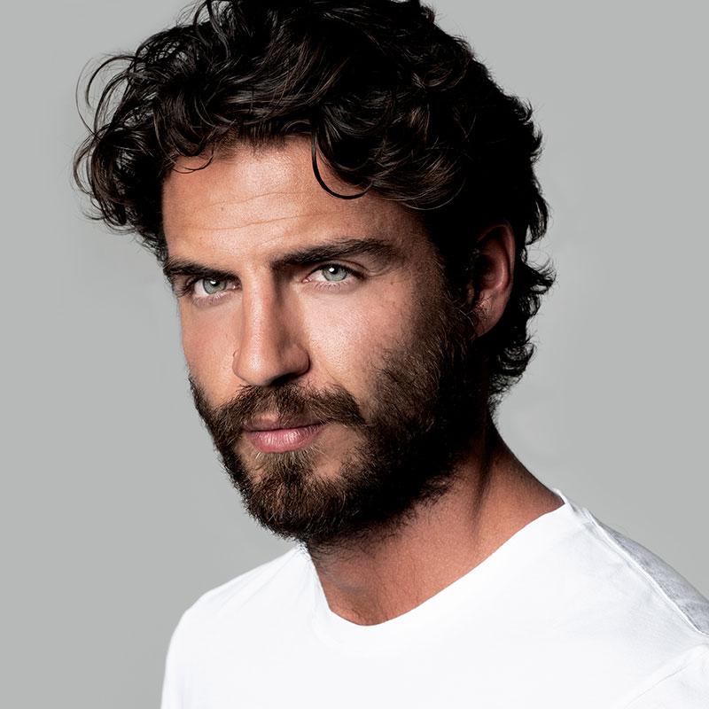 Maxi Iglesias actor